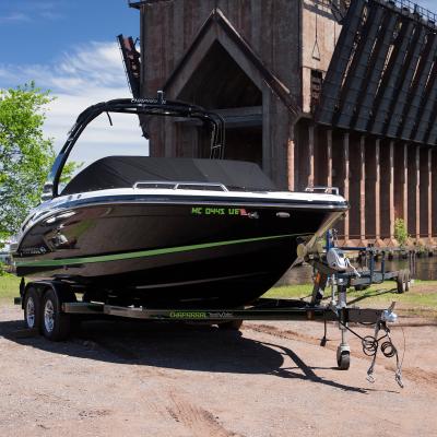 Vertical-boat